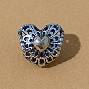 New Pandora Vintage Heart Authentic . Two Tone .